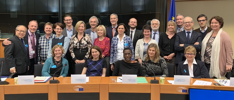 Dr Alina Secară from CTS with the group of attendees at meeting at the European Parliament.