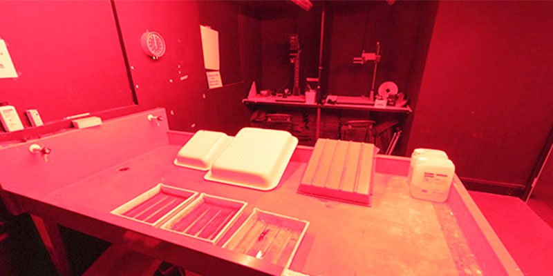 Photographic darkroom