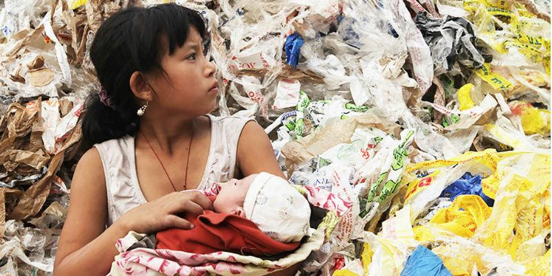 Image from Plastic China, dir. Wang Jiuliang, 2016.