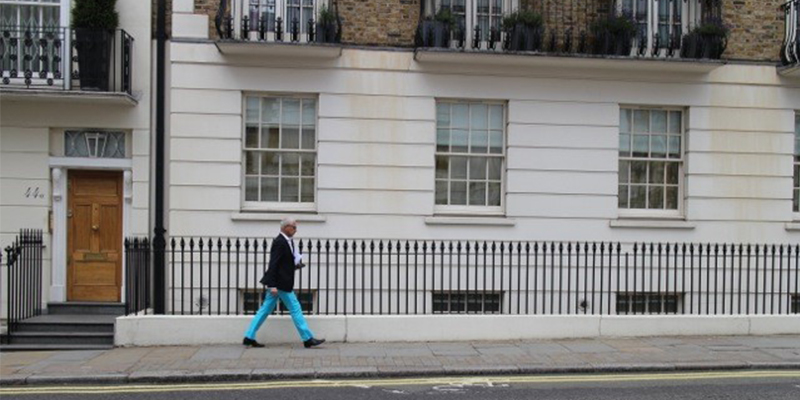 A London-based plutocrats walks in one of the city's wealthiest neighbourhoods