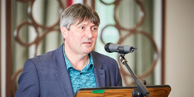 Professor Simon Armitage